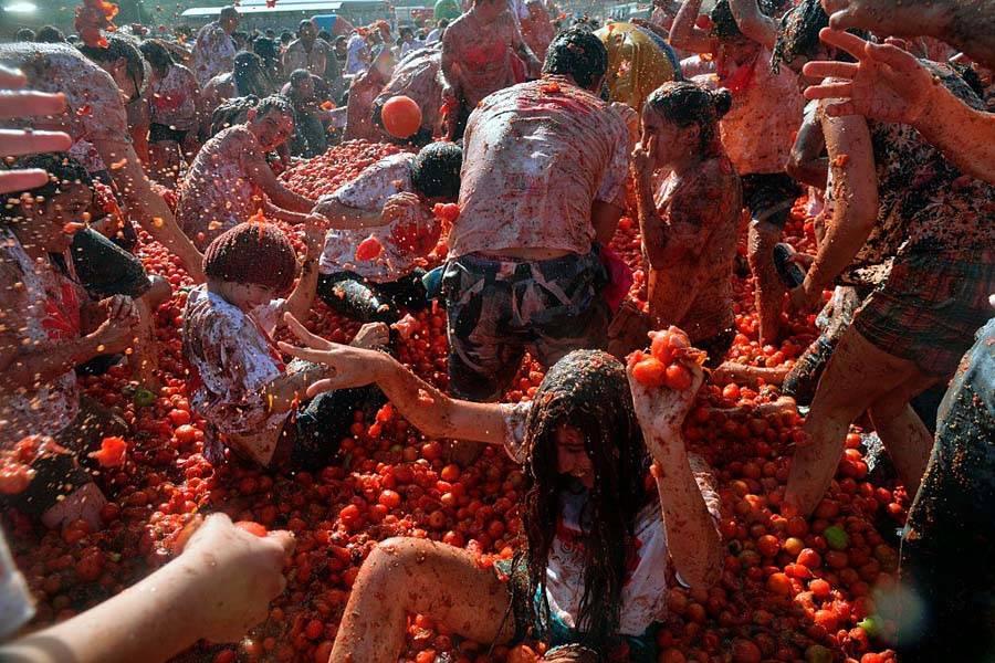 La Tomatina Chaos