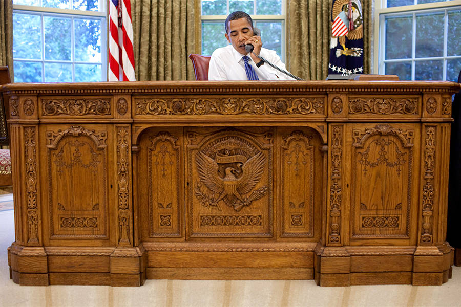 Obama Resolute Desk