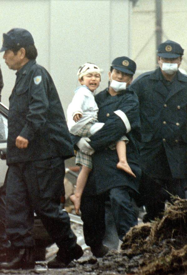 Officials Remove Aum Shinrikyo Children