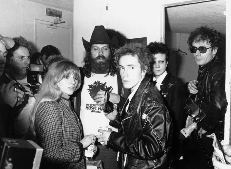 Sex Pistols Backstage