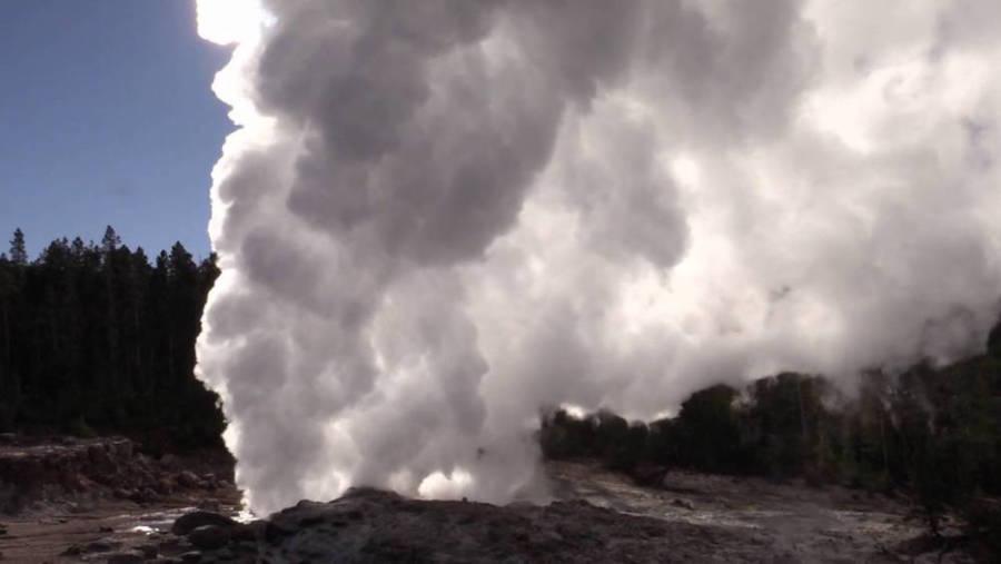 Steamboat Geyser Eruption