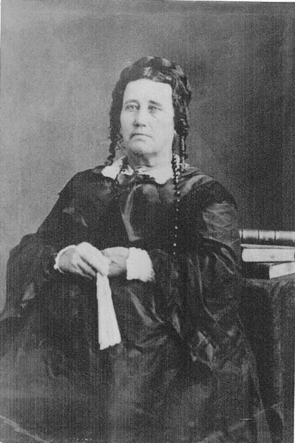 Susannah Dickerson