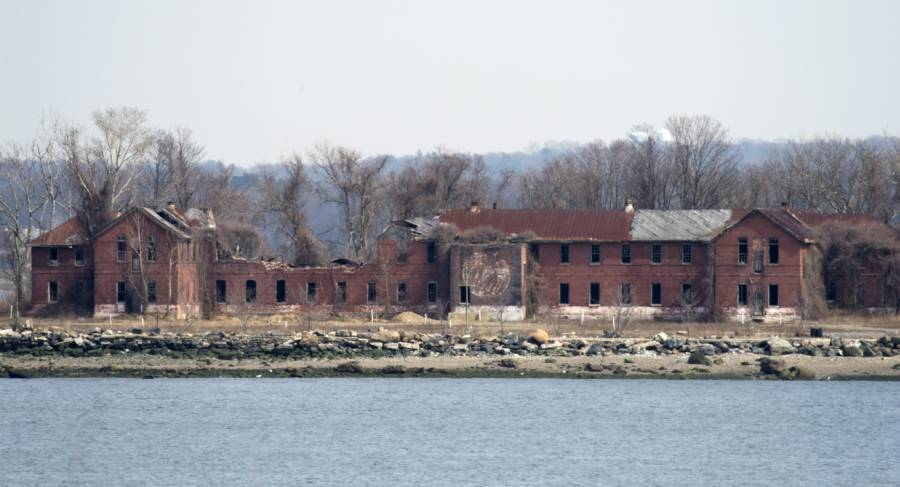 Hart Island Workhouse