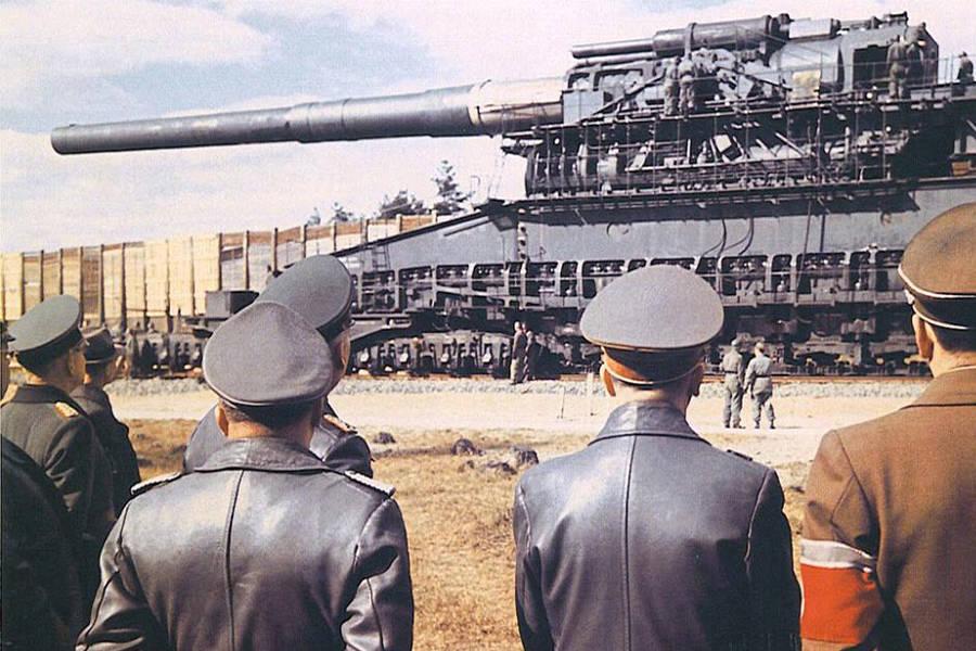 Hitler Inspecting Schwerer Gustav