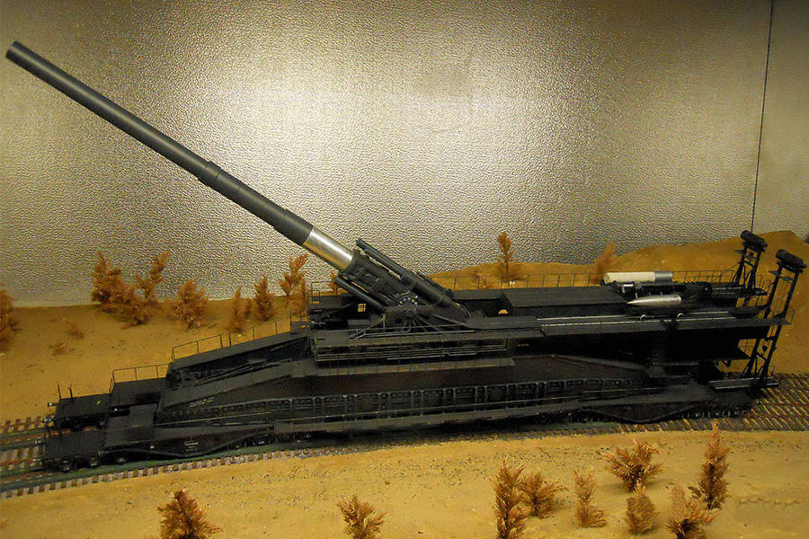 Model Of Gustav Gun