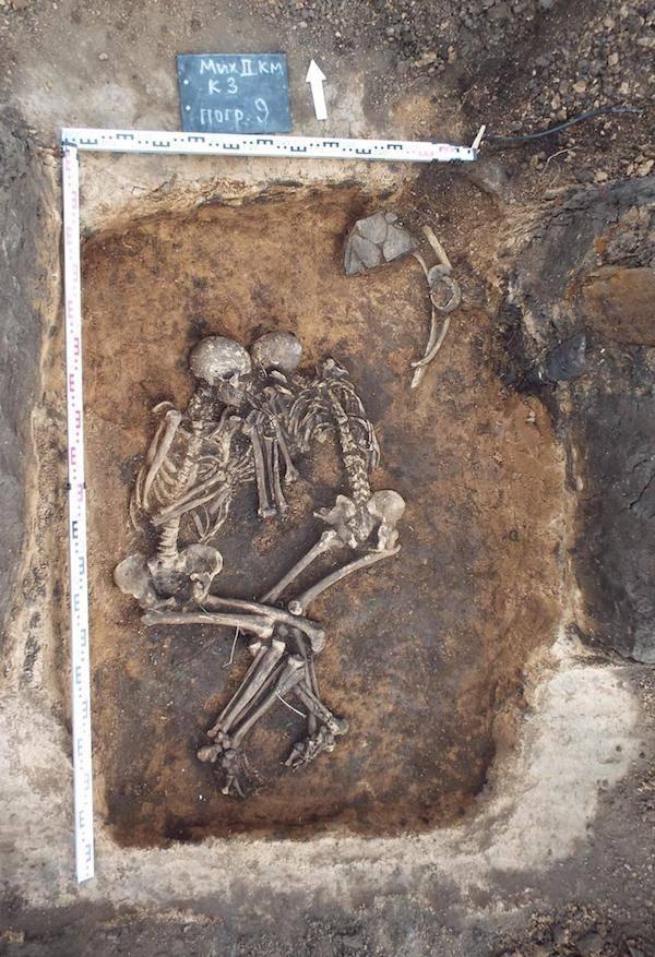 Russia Bubonic Plague Burial