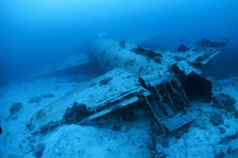 Bomber Wreck Truk Lagoon