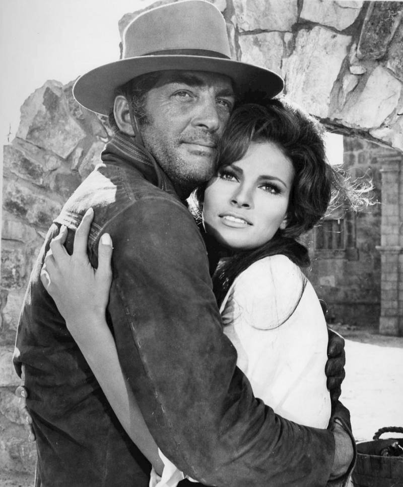 Raquel Welch And Dean Martin In Bandolero