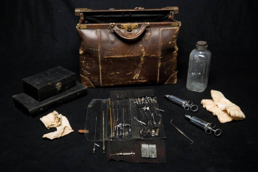 Embalming Kit