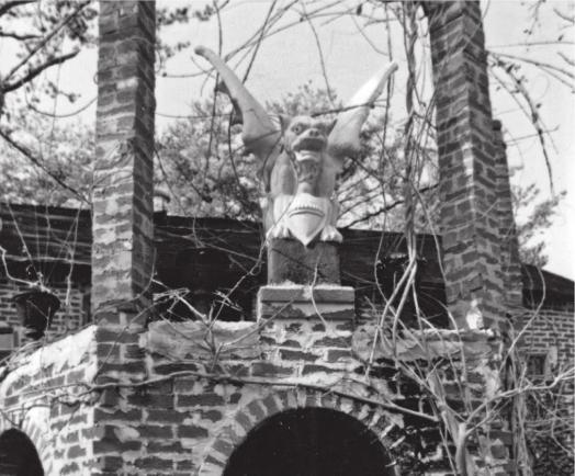 Corpsewood Manor Exterior