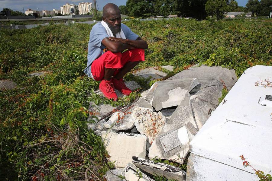 Kennedy Broken Grave