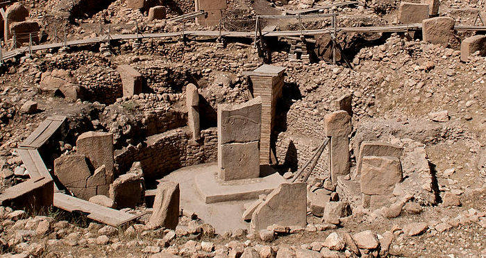 Inside Gobekli Tepe, The Oldest Temple In The World on middle east map, stonehenge map, baalbek map, garden of eden map, rome map, istanbul map, cappadocia map, easter island map, ur map, fertile crescent map, babylon map, troy map, night sky map, turkey map, samaria map, catalhoyuk map, teotihuacan map, angkor wat map, ancient civilizations map, puma punku map,