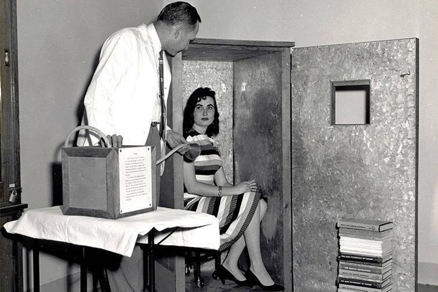 Orgone Reactor Wilhelm Reich Woman