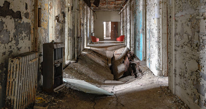 Amazing Abandoned Photographs From All That Is Interesting