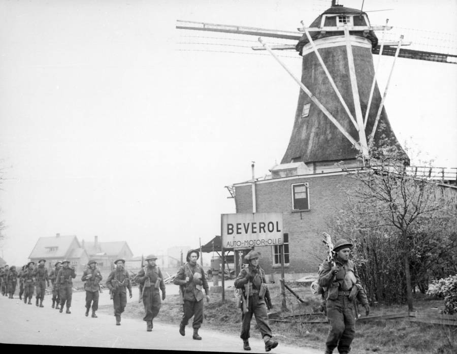 Canadian Soliders In The Netherlands