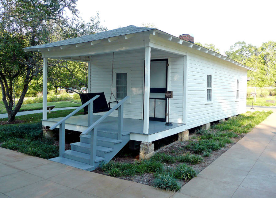 Elvis Presley's Childhood Home