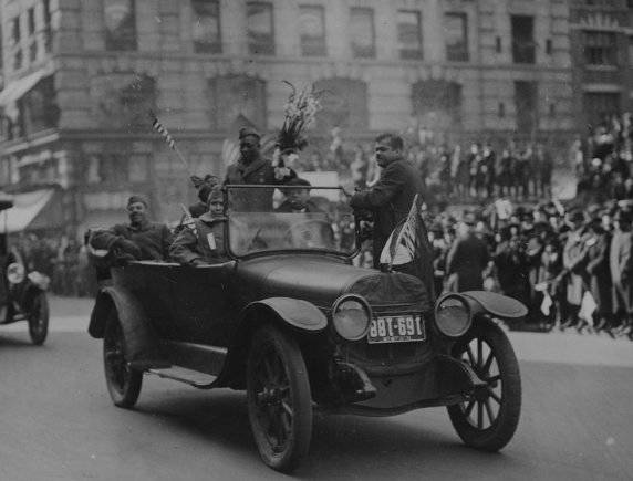 Henry Johnson In The Hellfighters Victory Parade