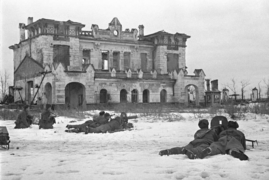 Leningrad-Novgorod Offensive