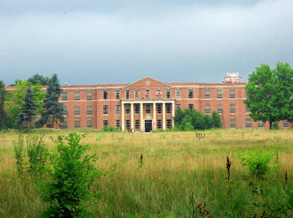 Yspilanti Hospital