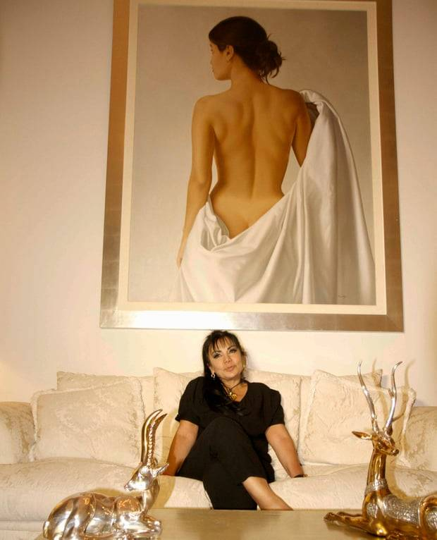 Sandra Ávila Beltrán At Home