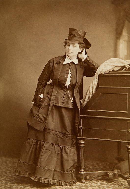Victoria Woodhull Standing