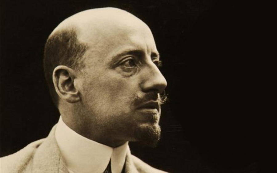 Gabriele D Annunzio biography