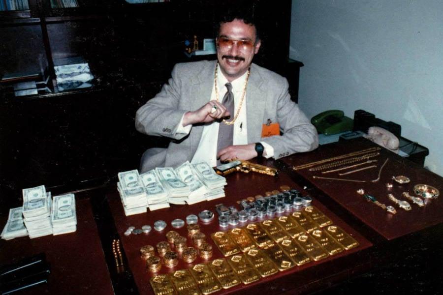 Javier Peña With Money