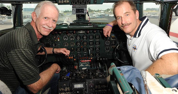 Jeff Skiles The Miracle On The Hudson Co Pilot To Captain Sully