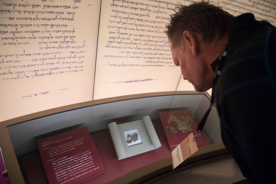 Dead Sea Scrolls On Display