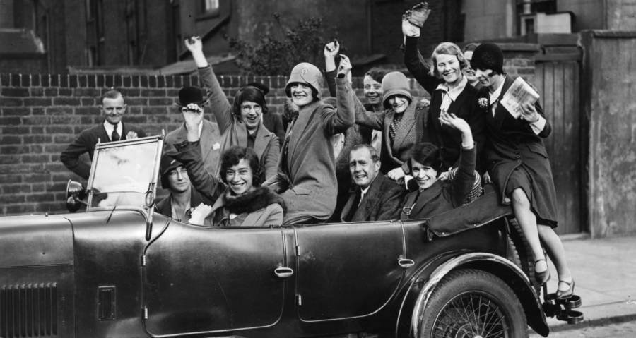 Flappers Photos And Stories That Capture The Jazz Age It