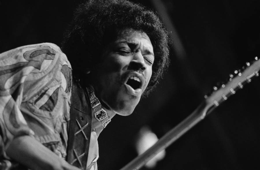 Jimi Hendrix Performing In Wight
