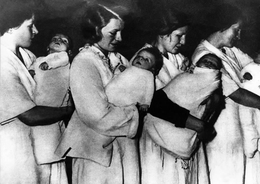 Nazi Nurses Holding Babies