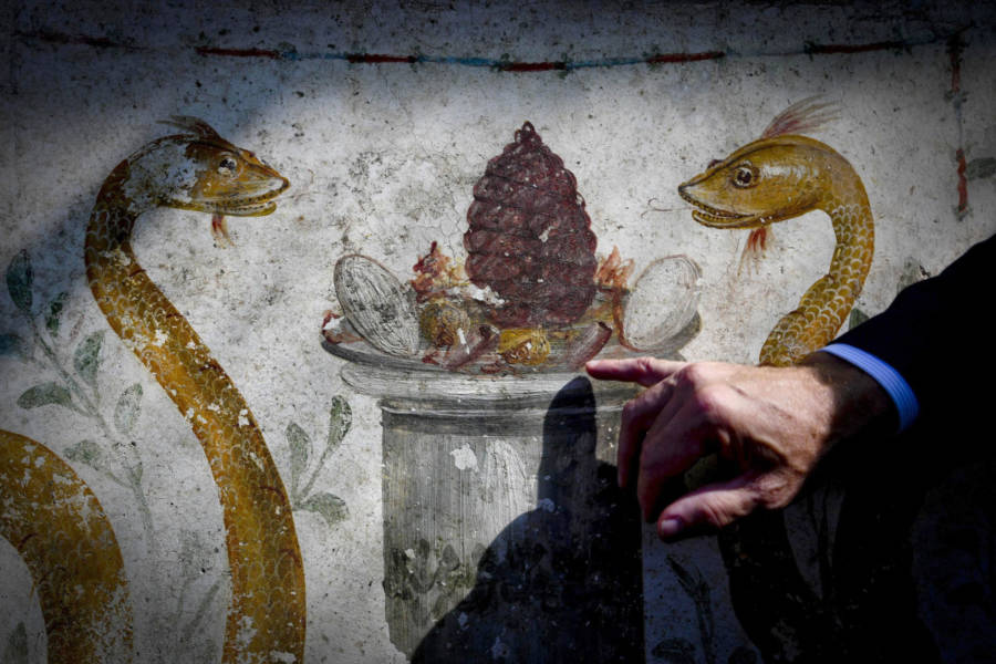Pompeii Painting Found On Ancient Roman Shrine