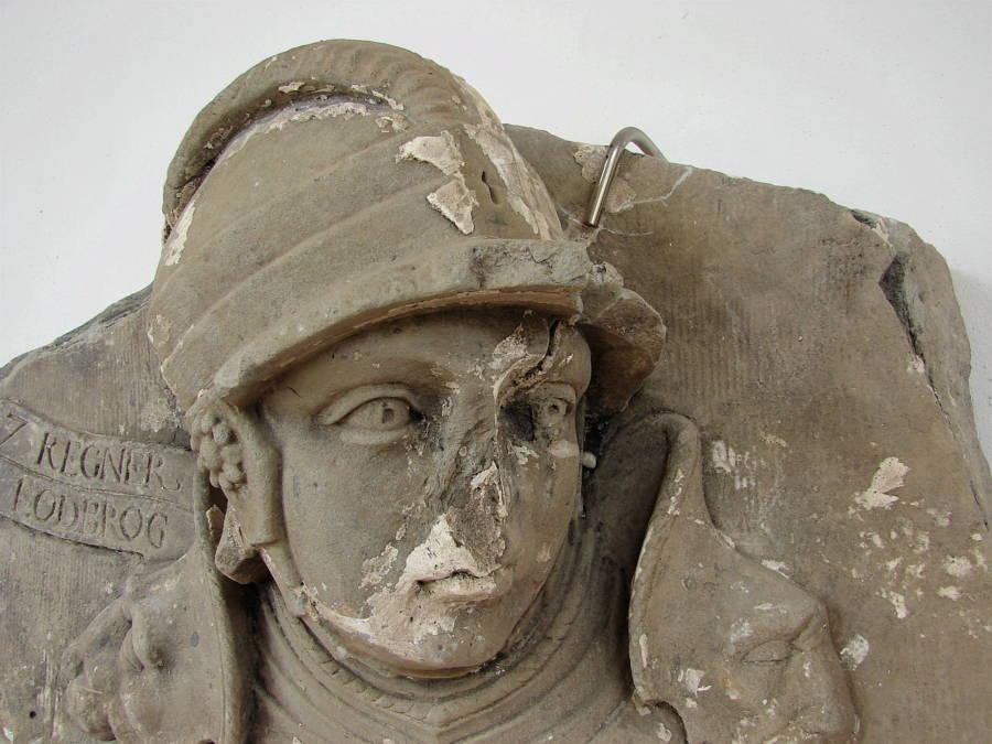 Ragnar Lothbrok Statue