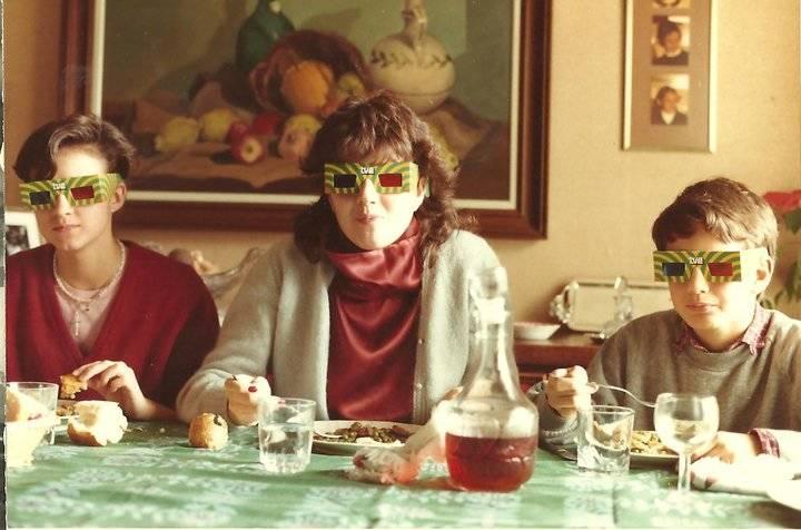3D Glasses At Breakfast
