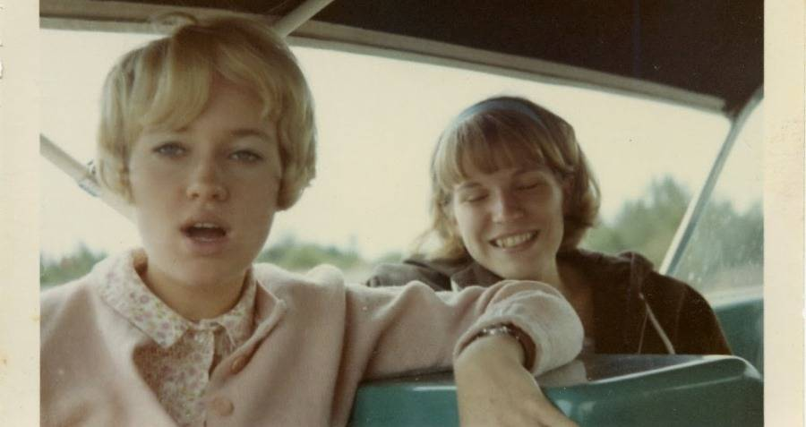 66 Candid Images That Capture What Life Was Like In The '60s