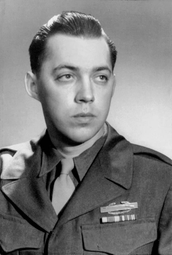 Leo Sharp Military Portrait