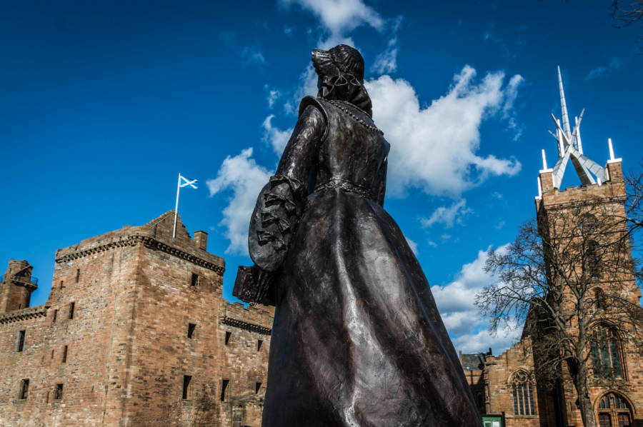 The Mary Queen Of Scots Monument
