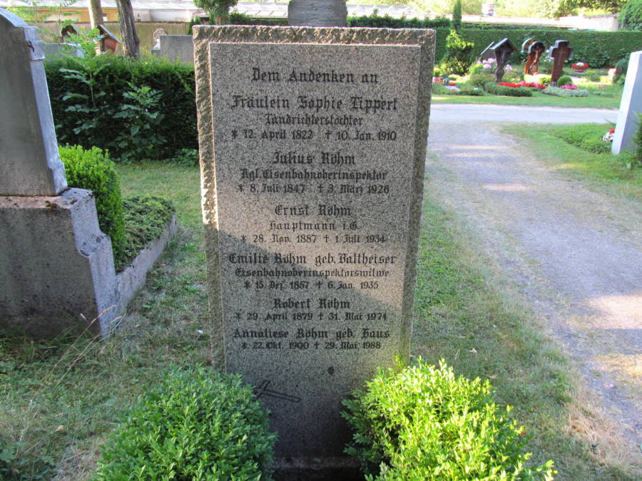 Rohm Grave