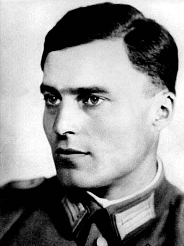 Stauffenberg Headshot