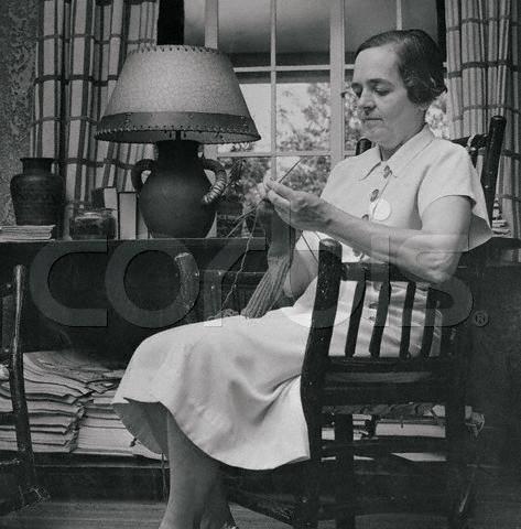Clara Kinsey Knits