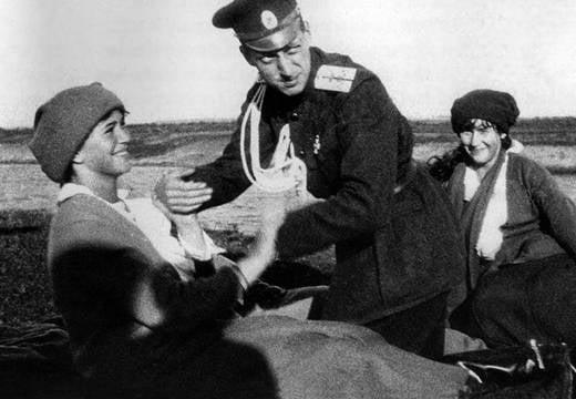 Maria Romanov With Anastasia And Dmitri Pavlovich