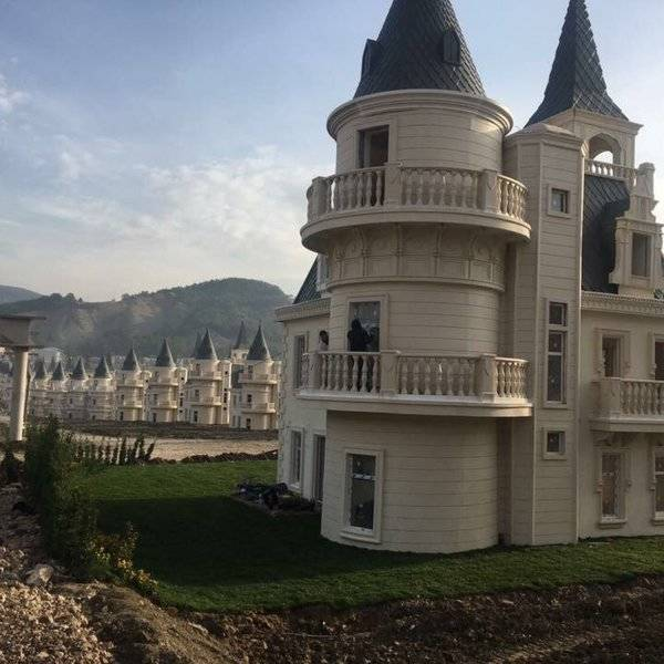 Inside Burj Al Babas The Abandoned 200 Million Turkish Ghost Town