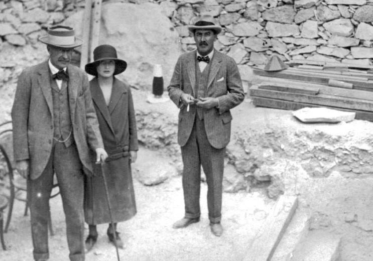 Lord Carnarvon And Howard Carter At Tutankhamen's Tomb