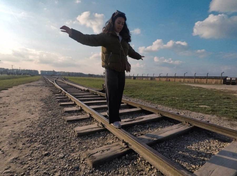 Disrespectful Auschwitz Visitors Urged To Stop Balancing On