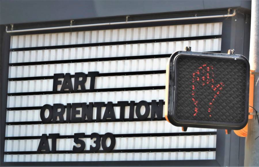 Fart Orientation Billboard