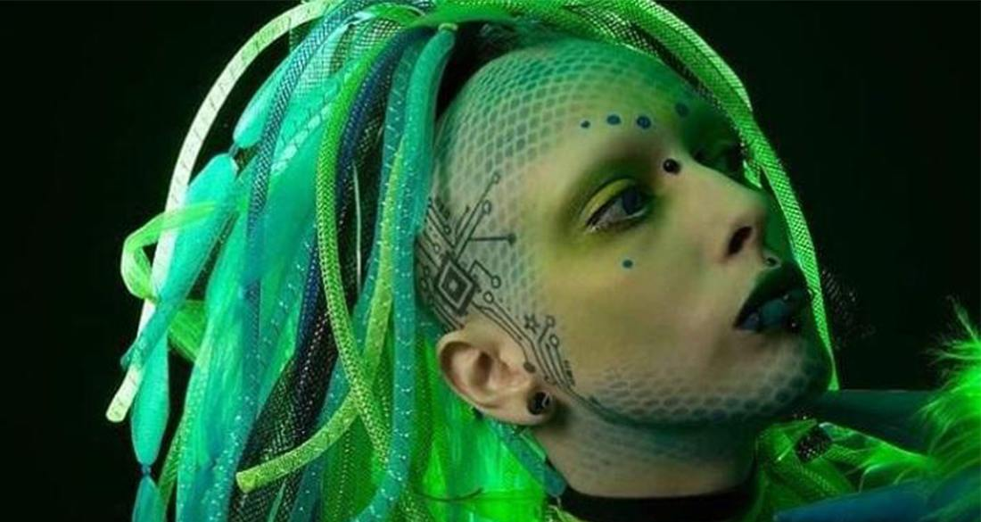 jareth-nebula-green-hair-featured.jpg