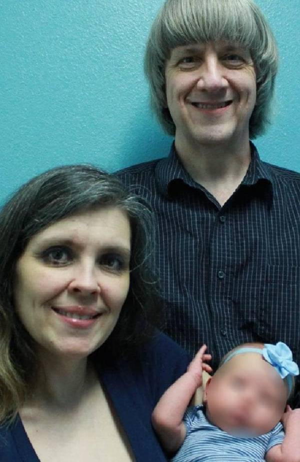Louise Turpin And David Turpin With Baby