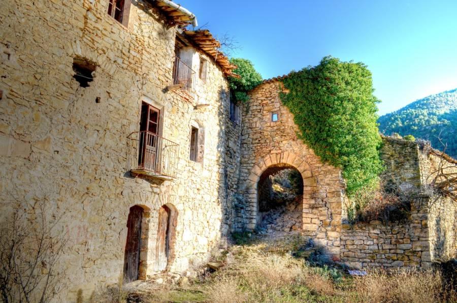Brick Archway Villa