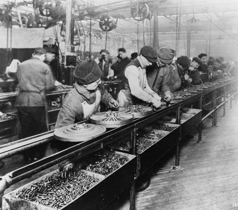 Ford Assembly Line In 1913